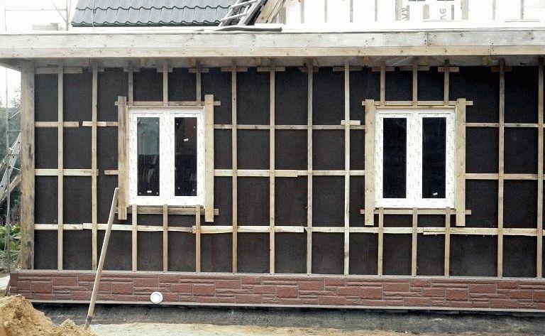 видео обшивка сайдингом деревянного дома пошаговая