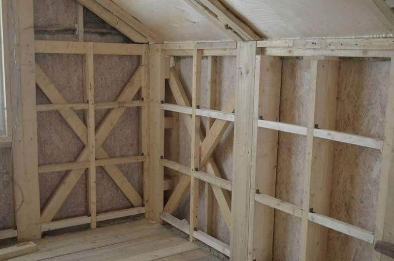 монтаж гипсокартона на деревянную стену